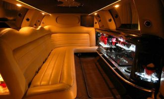 8 Person Lincoln Limo Service Fort Myers